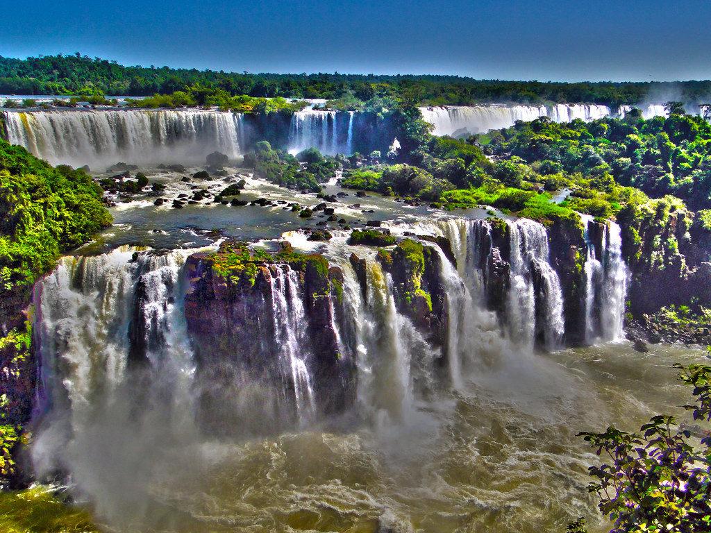 "Autor Rodrifo Soldon ""Cataratas del Iguazú"""